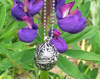Aromatherapy Glow Diffuser Necklace