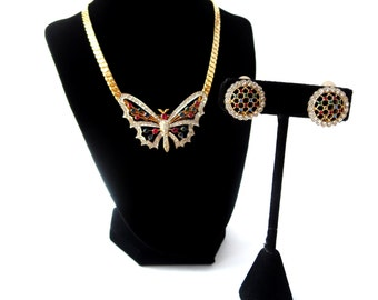 Nina Ricci Paris Signed Haute Couture Gold Tone Rainbow Rhinestone Butterfly Insect Demi Parure Choker Necklace & Round Clip On Earring Set