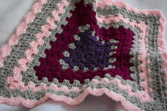Pink Shell Crochet Cat Mat -- Granny Square Pet Blanket in Soft Pink, Plum, Cranberry, & Gray