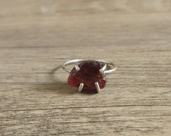 925 Sterling Silver Raw Garnet Ring, Uncut Gemstone, January Birthstone, Natural Crystal Quartz, Gift For Her