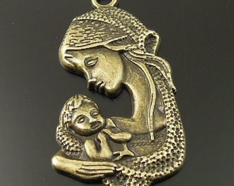2 mother and child in bronze metal charms/pendants
