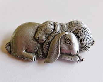 JJ Jonette Genuine Pewter Pair Of Snuggling Bunnies Brooch Pin