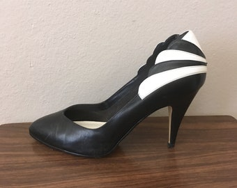 Vintage Size 9 Rock and Roll Black and White Pumps Eighties Avant Garde