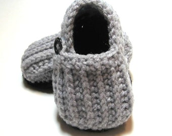 Crochet baby booties.  Loafers.  Gender neutral.  0-6 month or 6-12 month. Made to order.  Baby boy booties.  Baby girl booties.