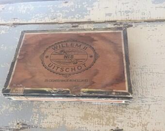 VINTAGE Wooden Willem II Uitschot No.8 Cigar Box - Holland - Tobacciana