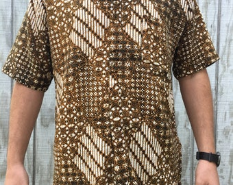 Vintage Mens Textured Tribal Print Button Up