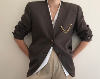90's Vintage Oversize Dusty Dark Brown Blazer with Big Buttons and Golden Chain Pin Brooch