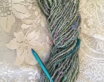 handspun art yarn merino dusty green
