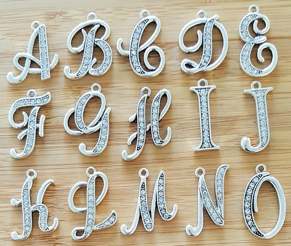 Add an INITIAL to Any Kainsboutique Order