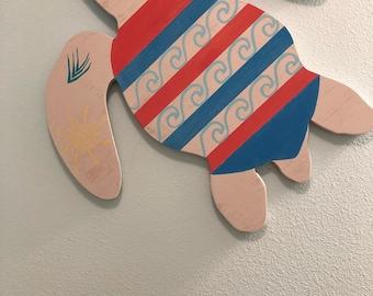 """Reclaimed wood sea turtle wall hanging//Hawaiian art/Honu art/""""Ka'i"""""""
