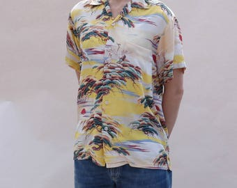 True vintage 1950s Penny's Towncraft rayon Hawaiian shirt in rare small size