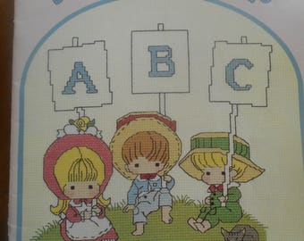 A Is For Always, Gloria & Pat, Pattern Leaflet #33, 1984