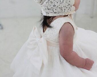 Set h-Baby Christening Dress(Bonnet+Bloomer+Shortdress), Handmade, Baptism Dress, Party Dress, Infant dress, Cotton Dress