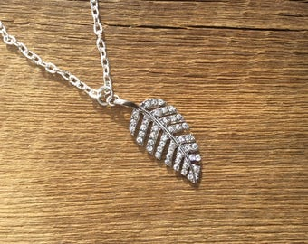 """Rhinstone leaf necklace on 20"""" textured cable chain"""