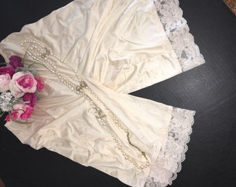 M Tall / Lorraine / Pettipants / Lace Bottoms / Medium Tall / Ivory / Bloomers
