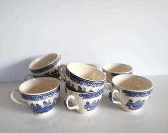 Blue willow teacup Set of 8