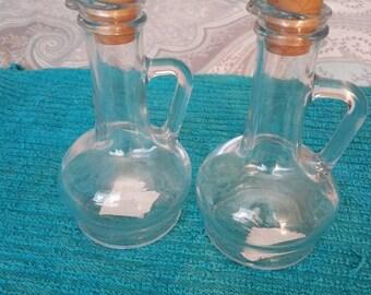 Pasabaha Glass Cruets Set