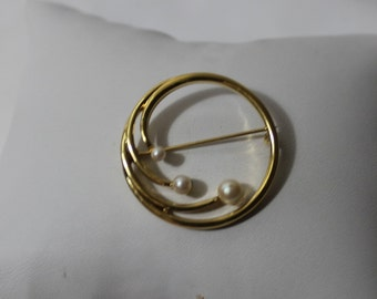 Classic MONET Goldtone Circle Brooch With Faux Pearls
