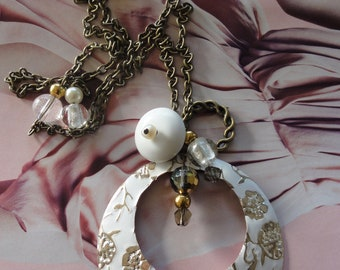 vintage look sautoir,glass and crystal beaded,retro and romantic style,enamelled pendant