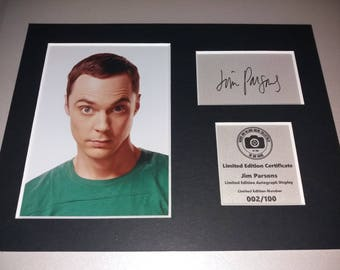 The Big Bang Theory - Sheldon Cooper - Jim Parsons - Signed Autograph Display - Fully Mounted and Ready To Be Framed v2