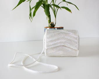 White Beaded Purse • Beaded Crossbody Bag • White Evening Bag • Crossbody Evening Bag • Beaded Purse Vintage • White Evening Purse| B1029