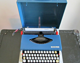 Vintage Portable Manual Typewriter | Royal Sprite Typewriter with Case | Retro Travel Compact Petite Typewriter