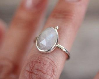 Grains Moonstone Ring