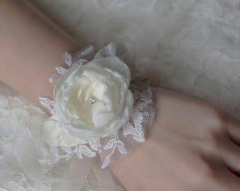 Wrist corsage | Fabric flower corsage | Bridal corsage bracelet | Flower bracelet | White bridal wrist cuff