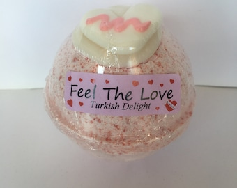 Feel The Love Bath Bomb