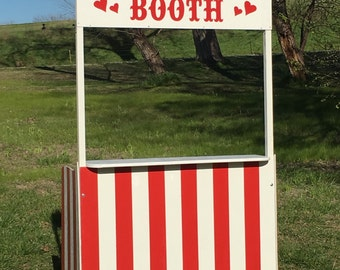 Custom Kissing or ticket booth for Kate Delgado