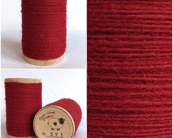 Rustic Moire Wool Thread #371 for Embroidery, Wool Applique and Pinch Needle Embroidery