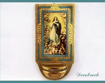 Clam vintage Florentine gilt wood object of devotion Catholic religion the Sacra Famiglia Museum of Louvre