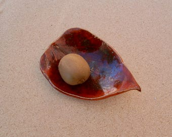 Red stoneware leaf bowl - Pottery trinket dish - Red tealight holder - Handmade stoneware bowl - Catch all - Ceramic center piece