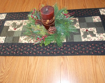 Holiday Runner/Quilted Table Runner/Country/Handmade