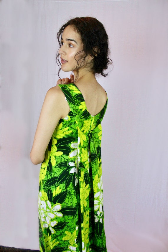 Caped Back Tropical Dress - Authentic Vintage