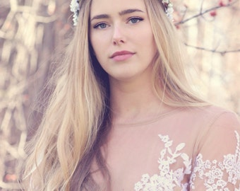 white woodland wedding hair crown, rustic flower headpiece, boho wedding acessory, forget me not flower bridal wreath