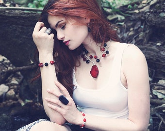 Coral & Onyx Necklace