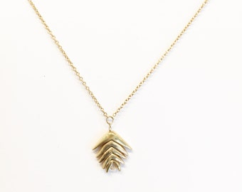 14k gold mountain brome necklace.