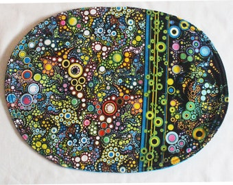 Oval placemats with elaborate circle design, reversible, set of  4
