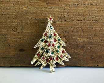 Vintage Christmas Tree Brooch / red green and gold / costume jewelry