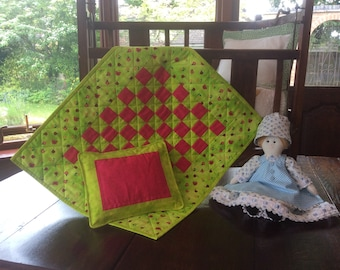 American Girl Green Doll Quilt And Pillow. Gift. Patchwork.Handmade. Quilt. Pink Quilt. Dolls Bedding.Pillow.Animal Quilt.