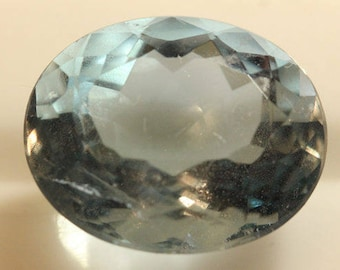Fluorite Blue Color 9.845cts Oval Cut 14.30 x 12.00mm H4 Belgium y9385 Gem Loose Faceted Gemstone Collector Gemology Gemological