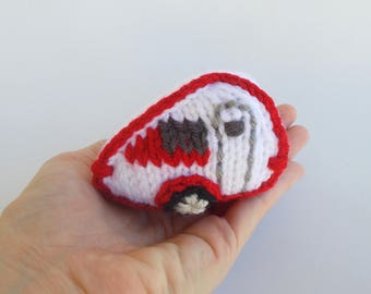 Miniature Retro Travel Trailer Knitted Soft Ornament - Model Vehicle - Travel Decor - Camping Ornament - Outdoor Gift Idea - Trailer Gift