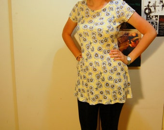 S/M Vintage 90s Yellow Daisy Dress