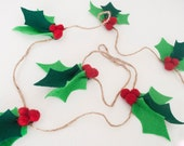 Felt Holly Garland: Christmas Decor | Christmas Felt Photo Prop or Mantle Decoration | Felt Garland