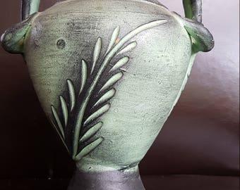 Green Pot with Lizard handles