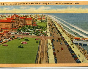 Panorama Beach Boulevard Seawall Hotel Galves Galveston Texas linen postcard