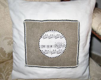 Cushion cover, music note