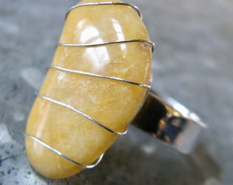 Yellow Quartzite Beachstone wire set on Silver Ring