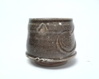 Altered Carbon Trap Shino Tea Bowl